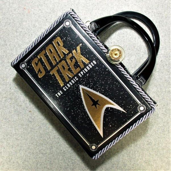 9.1.2020-Star-Trek-leather-hand-held