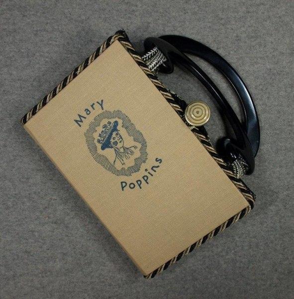 BZ15295-Mary-Poppins-Vintage-Book-Hand-Purse-BeeZ